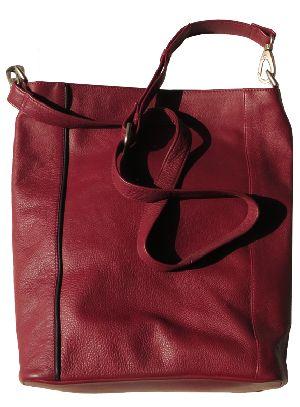 L6083 A Ladies Shoulder Bag