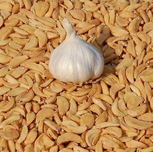 Dry Garlic Flakes