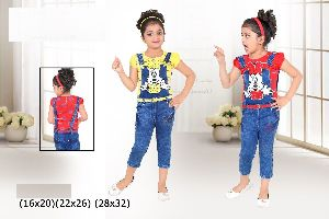 Girls Dungaree 01