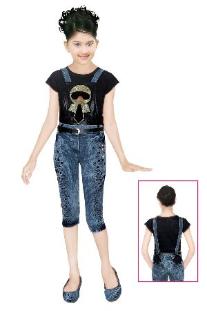 Girls Dungaree 05