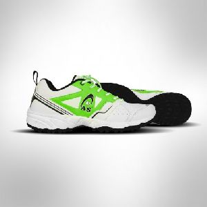 X8 Cricket Shoes