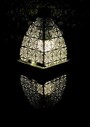 Tea Light Pyramids 04