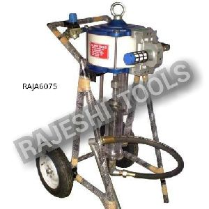 pneumaticaly operated airless spray painting machine