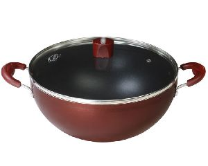 INDUCTION COMPATIBLE DEEP KADHAI WITH LID