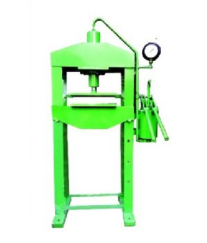 Hawai Chappal Cutting Machine