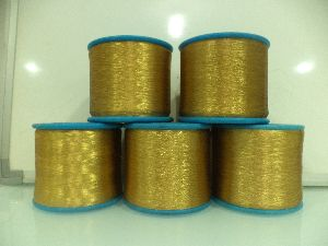 Weaving Zari Thread 03
