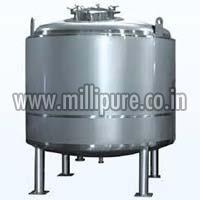 Wfi Water Storage Tank