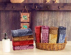 Zig-Zag Jacquard Towel