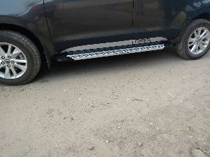 Innova Crysta Door Claddings and Side Steps