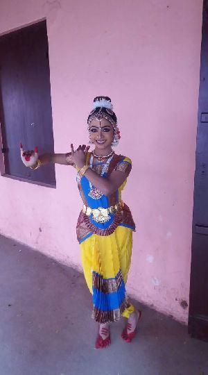 Bharatanatyam Dance Costume 21