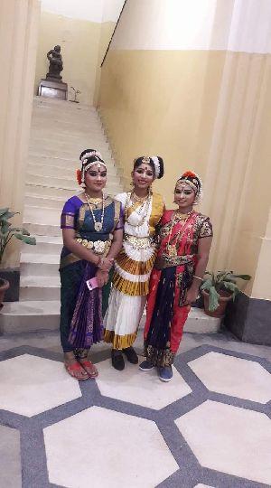Mohiniyattam Dance Costume 03