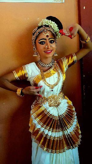Mohiniyattam Dance Costume 06
