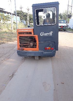 High Performance Road Sweeper