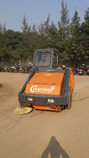 Plant Sweeping Machine
