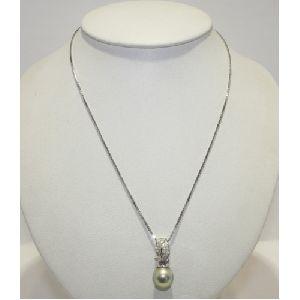 DPG102 Necklace