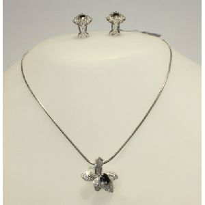PFC102 Necklace Set