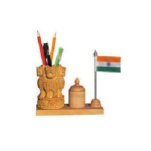 Wooden Ashok Chakra Pen Stand