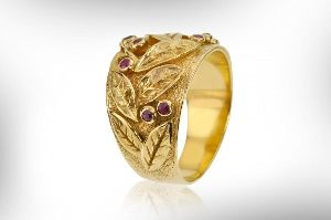 Handmade Ladies Gold Ring