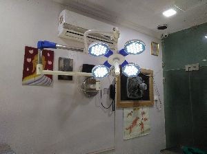 LED Four Reflector Wall Mounted OT Light
