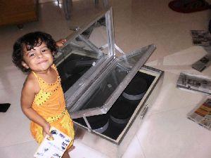 Solar Box Cooker 02