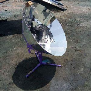 Solar Parabolic Cooker 02