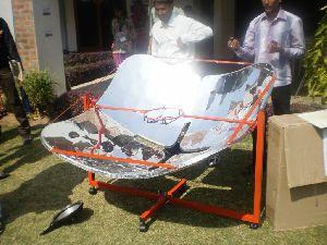 Solar Parabolic Cooker 03