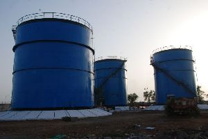 Vertical Oil Tank
