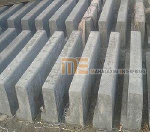 1 Mtr Curb Stones