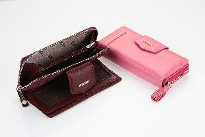 2214 Women Wallets