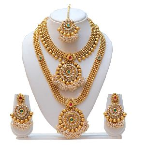 Gold Necklace Set 05