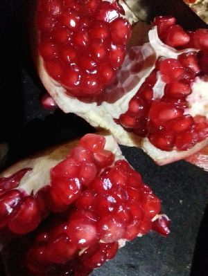 Fresh Pomegranate 03