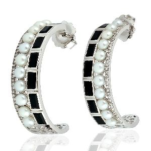 baguette onyx and pearl hoop earrings