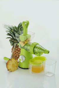 Master Fruit Juicer