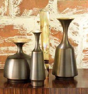 Aluminium Flower Vase - Aluminium Flower Pot - Aluminium Bud Vase