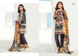 Designer Pakistani Suit 33