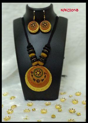 Handmade Necklace Set 11