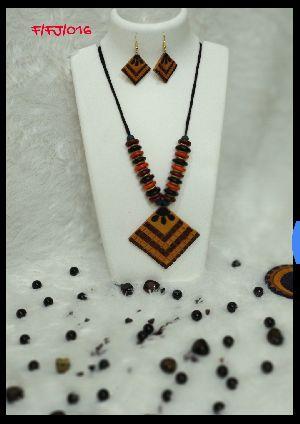 Handmade Necklace Set 13