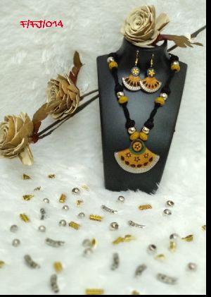 Handmade Necklace Set 15