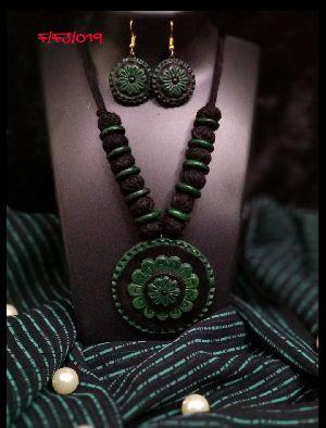 Handmade Necklace Set 17