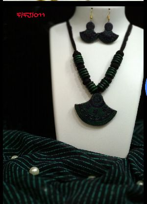 Handmade Necklace Set 19