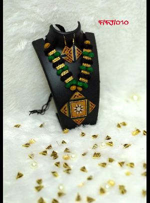 Handmade Necklace Set 20