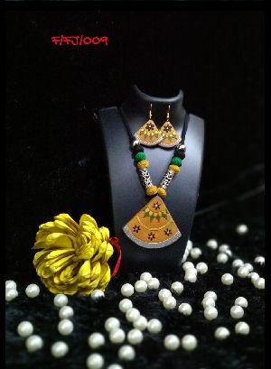 Handmade Necklace Set 21