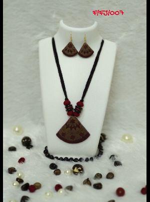 Handmade Necklace Set 23