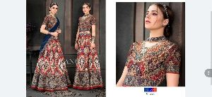 Ladies Designer Gown 18