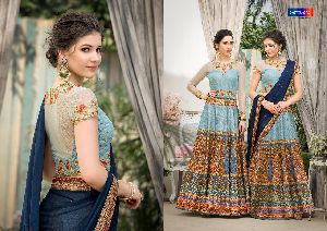 Ladies Designer Gown 31