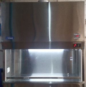 D Series Vertical Laminar Air Flow Cabinet 02