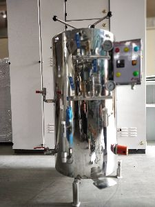 National Vertical Cylindrical Autoclave