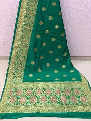 Green Traditional Banarasi Silk Sarees 02