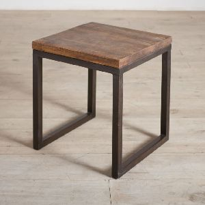 ACT32-RECLAIMED WOOD AND IRON ACCENT TABLE