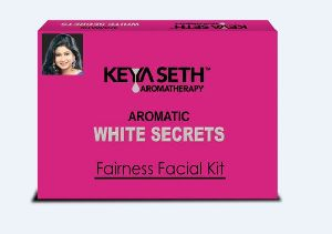 Aromatic White Secrets Fairness Facial Kit